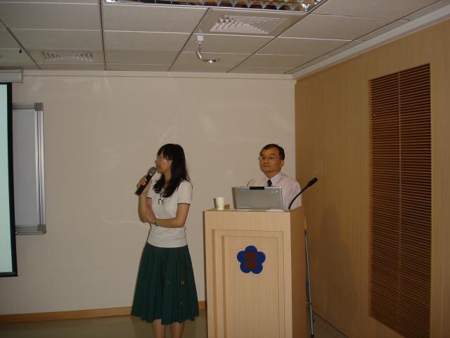 劉美珠藥師籍由投影片的內容分析骨質鬆症形成的原因
