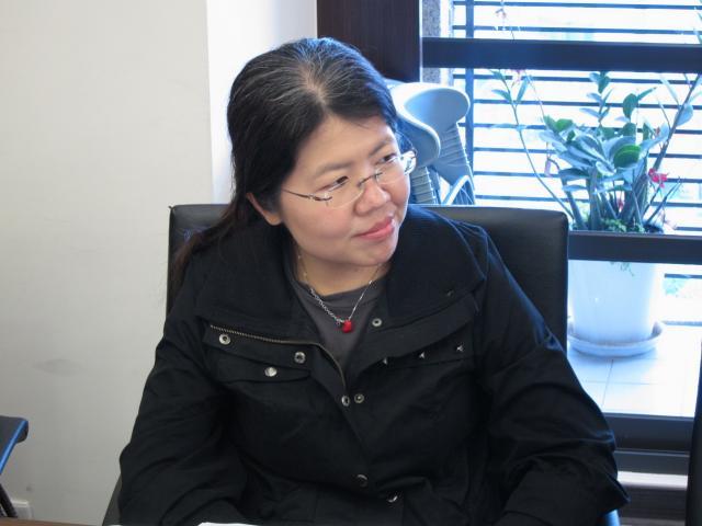 孫淑慧主任(亞東紀念醫院藥劑科主任)出席本次理、監事會議