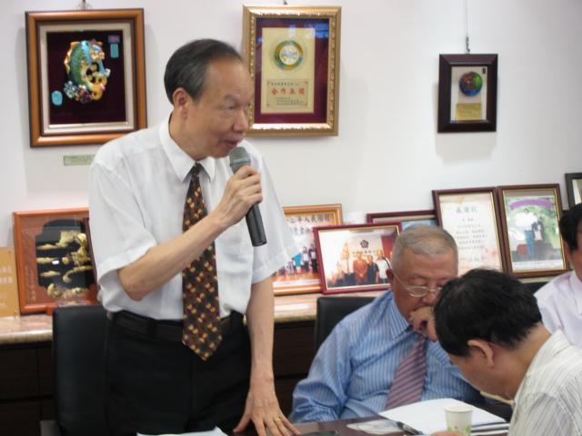 葉坤明顧問專程出席本次會議,並肯定本屆理監事會的努力與付出