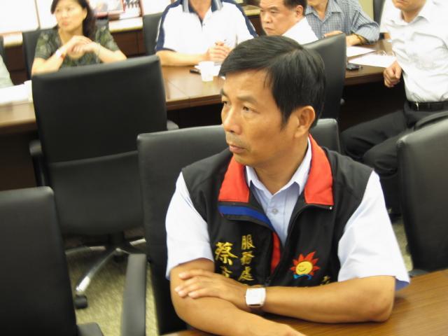 立法委員林鴻池辦公室主任出席本次座談會