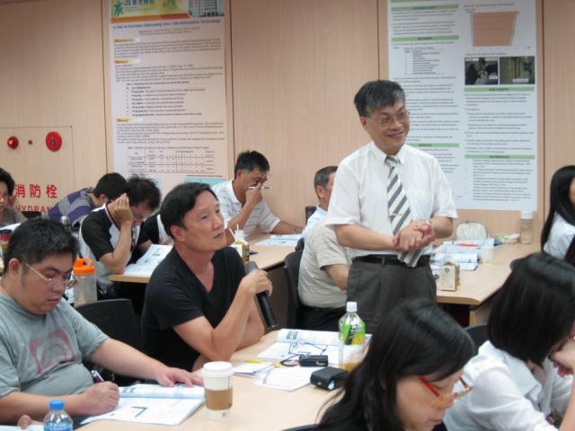 學員們可針對課程有問題的部份立即發問,以獲得解答