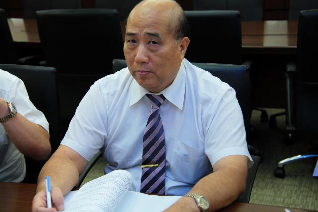 新北市藥劑生公會郭添裕理事長針對普查執行的方式提出相關的建議