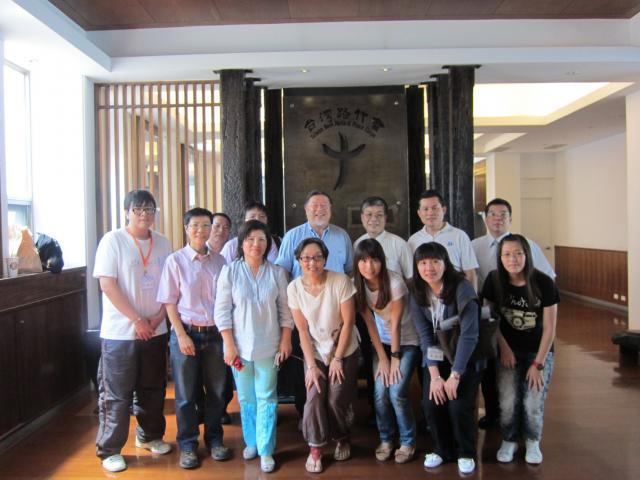 新北市藥師公會理事長古博仁今天拜訪台灣路竹會長劉啟群,希望雙方有機會一起投入醫藥界人道援助的志願公益活動,擴大醫藥界的服務能量
