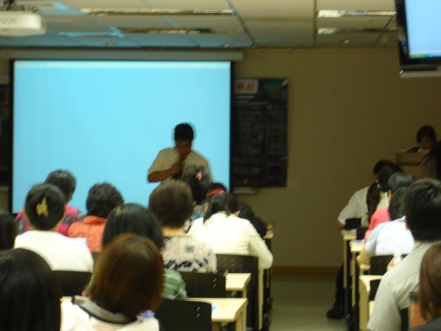 黃雋恩常務理事感謝學員們參與本次25學分課程